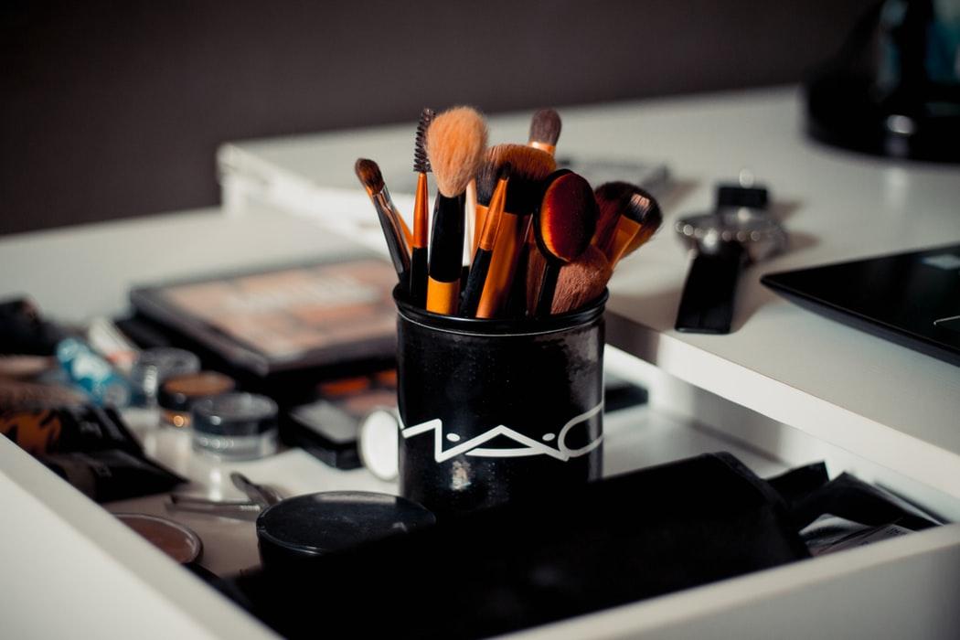 15 dei migliori prodotti per il makeup Mac
